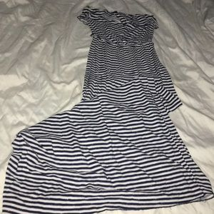 💙 Blue and white stripped tube dress. 💙
